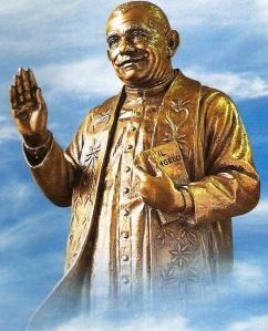 Statua bronzea di Don Luigi Orione